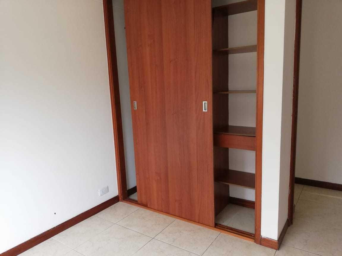 apartamento arroyos los bernal. 3 cuartos, 2 baños