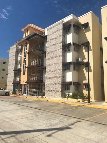apartamento autopista san isidro ( residencial las palmeras)