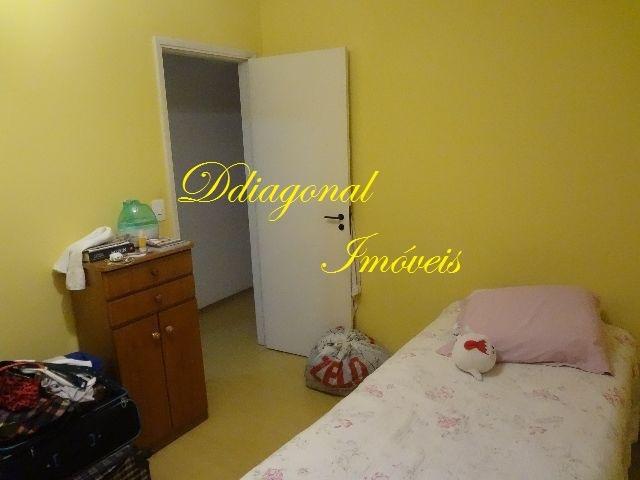 apartamento bem localizado. com 03 dormitórios. claudio64631
