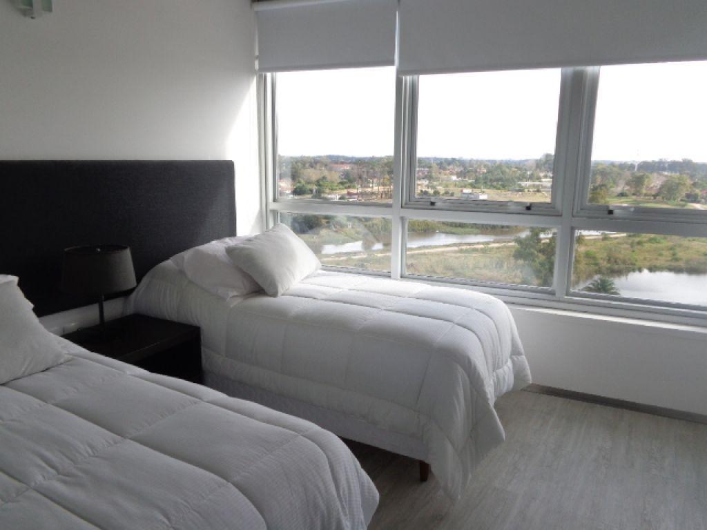 apartamento carrasco venta y alquiler 2 dormitorios avenida de las américas y giannattasio ed. faros