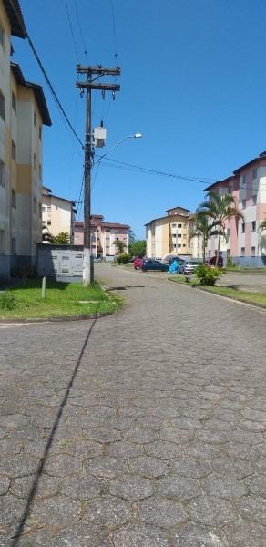 apartamento cdhu negociavel em itanhaem litoral sul de sp .