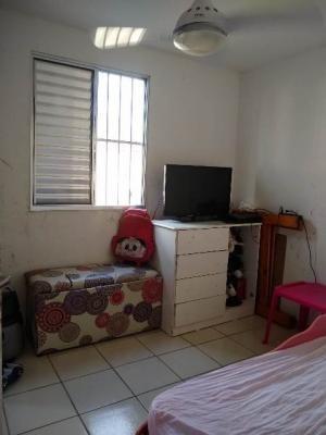 apartamento cdhu próximo a todo o comercio