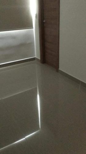 apartamento céntrico en alquiler de dos recamaras en venezia