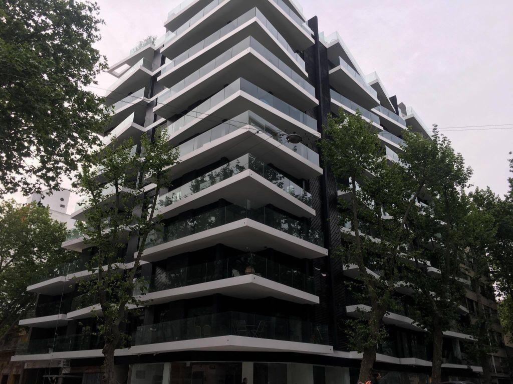 apartamento centro alquiler y venta 2 dormitorios andes y maldonado ed.  alma sur tza tipo penthouse