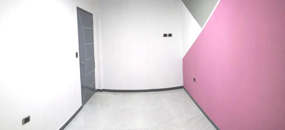 apartamento centro de maiquetia / via principal de la guaira