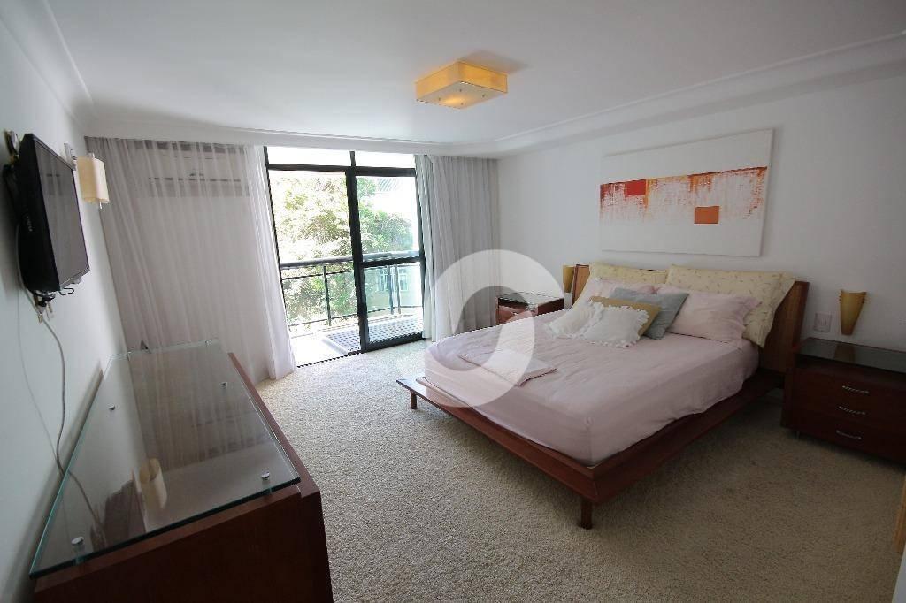 apartamento cinematográfico de 4 quartos (2 suítes) no ingá - ap0793