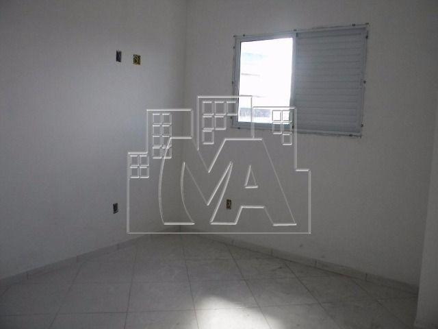 apartamento com 02 quartos - próximo ao mar
