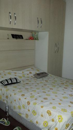 apartamento com 03 dormitório, 01 vaga.