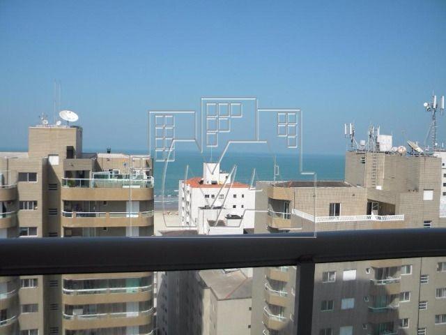 apartamento com 03 suítes - próximo à praia
