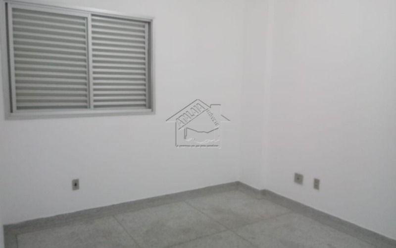 apartamento com 1 dormitório prédio de frente pro mar em boqueirão praia grande
