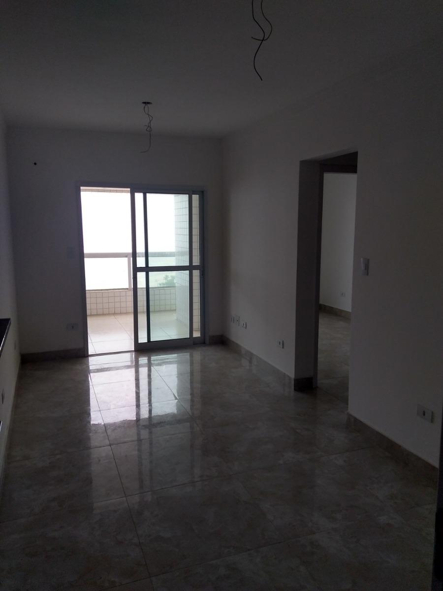 apartamento com 2 dormitórios de frente para praia