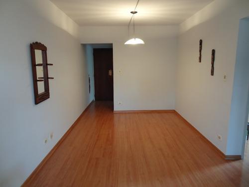 apartamento com 2 dormitórios e 54m2