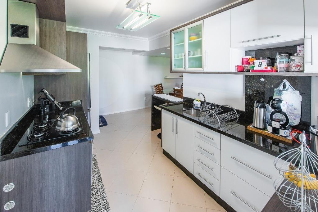 apartamento com 2 dormitorios na ponta aguda, ampla sacada com churrasqueira. - ap2797