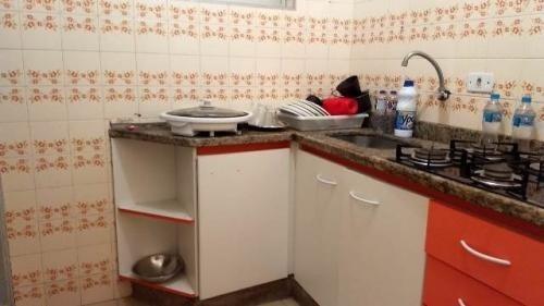 apartamento com 2 dormitórios no litoral - itanhaém/sp 6643