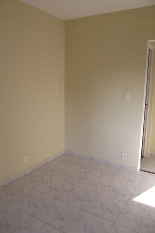 apartamento com 2 dormitórios para alugar, 43 m² por r$ 700,00/mês - jardim do lago - valinhos/sp - ap0119