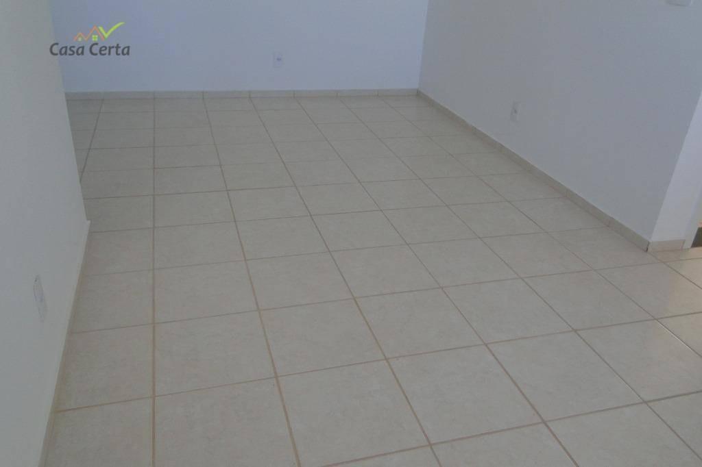 apartamento com 2 dormitórios para alugar, 52 m² por r$ 550/mês - jardim santa terezinha - mogi guaçu/sp - ap0166