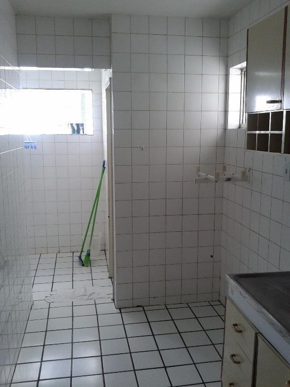 apartamento com 2 dormitórios para alugar, 65 m² por r$ 1.070,00/mês - torre - recife/pe - ap3823