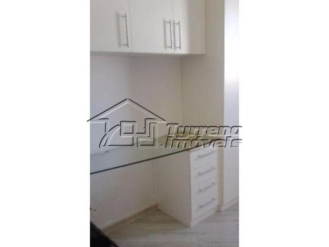 apartamento com 2 dormitórios, sendo 1 suíte e 2 vagas