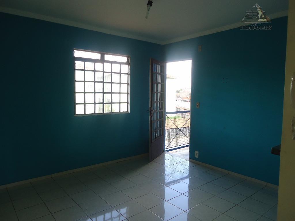 apartamento com 2 dormitórios à venda, 55 m² por r$ 140.000,00 - village - itaquaquecetuba/sp - ap0093