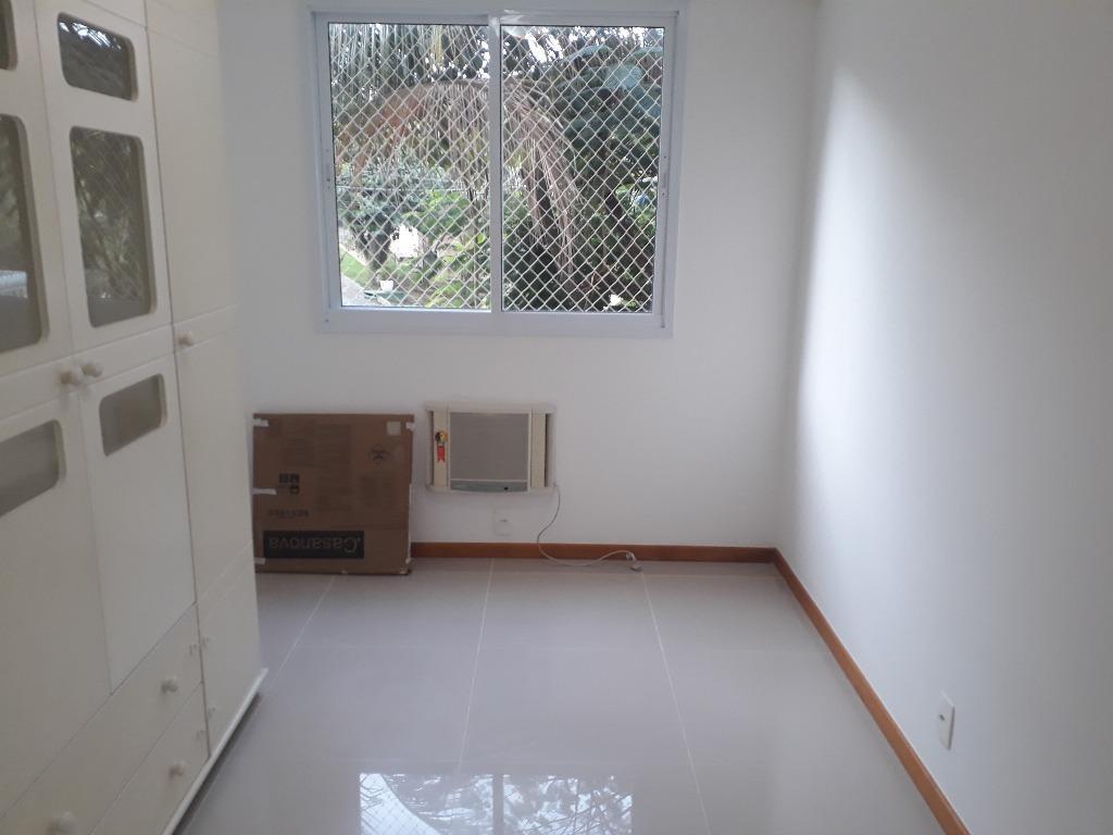 apartamento com 2 dormitórios à venda, 58 m² por r$ 335.000,00 - piratininga - niterói/rj - ap0274