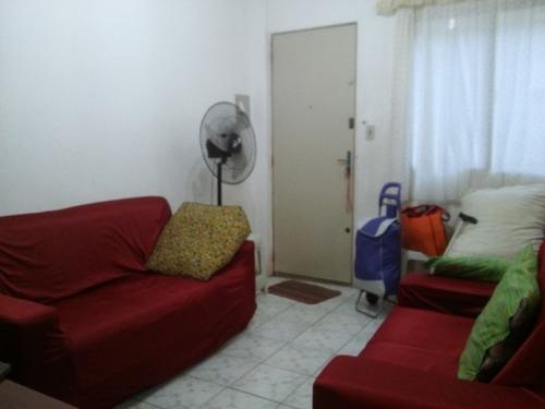 apartamento com 2 quartos na praia, entrada e parcelas.