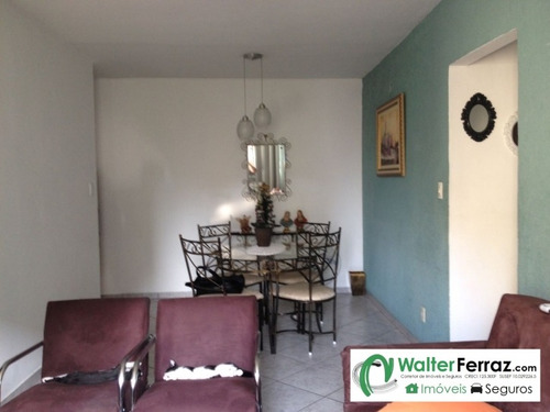 apartamento com 3 dormitórios com 2 banheiros. - 1012