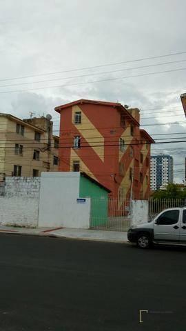 apartamento com 3 dormitórios à venda, 1 m² por r$ 140.000 - farolândia - aracaju/se - ap0784