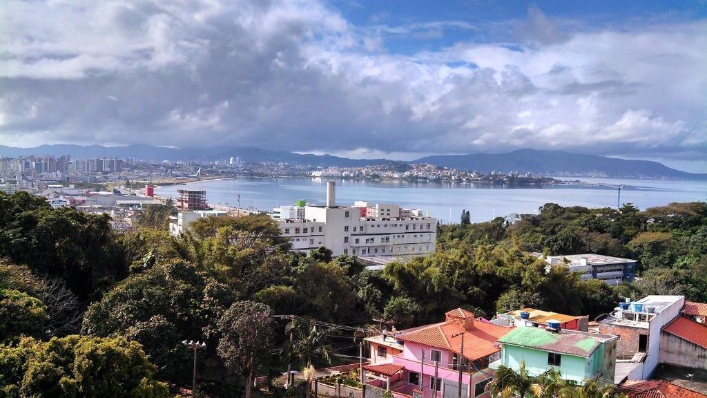 apartamento com 3 dormitórios à venda, 81 m² por r$ 350.000 - centro - são josé/sc - ap3149