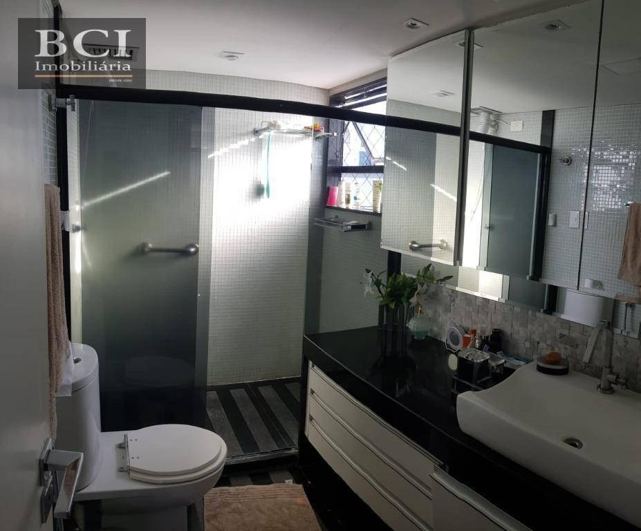 apartamento com 4 dormitórios para alugar, 210 m² por r$ 6.500/mês - casa forte - recife/pe - ap3296