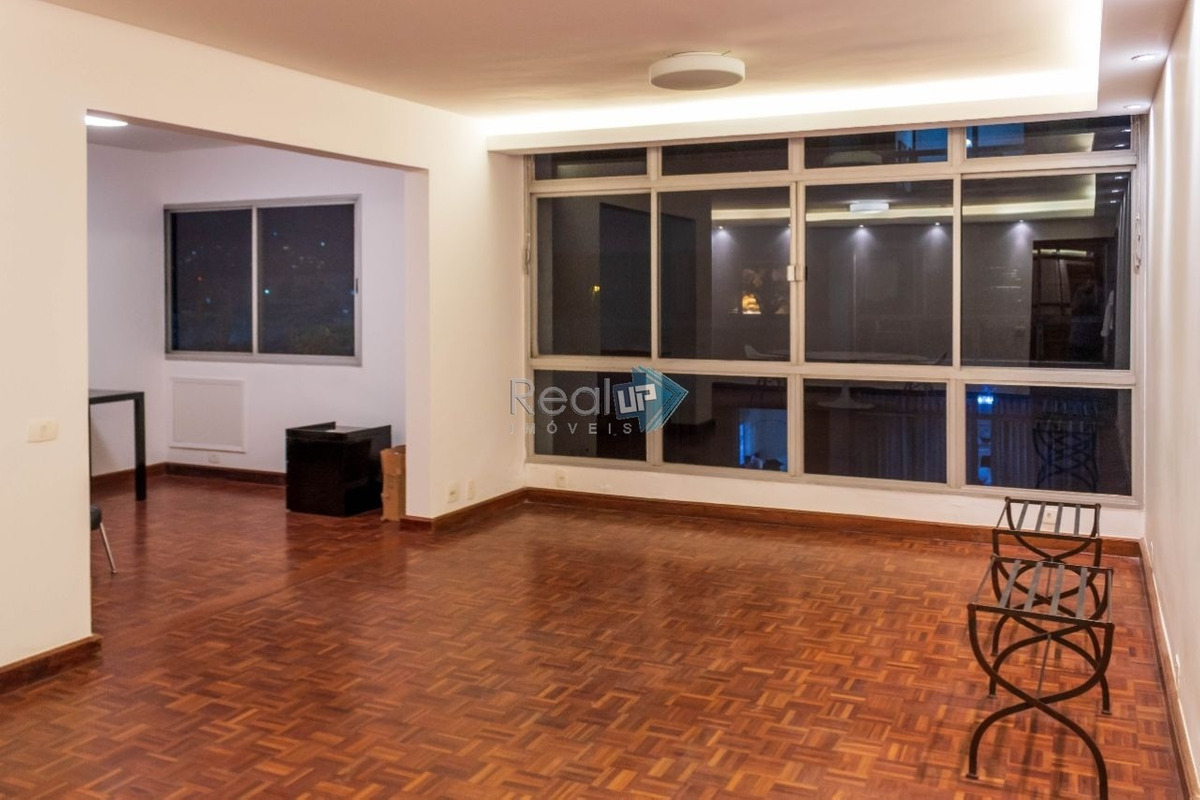 apartamento com 4 quartos, 2 vagas, ótima localização e condomínio - 18069