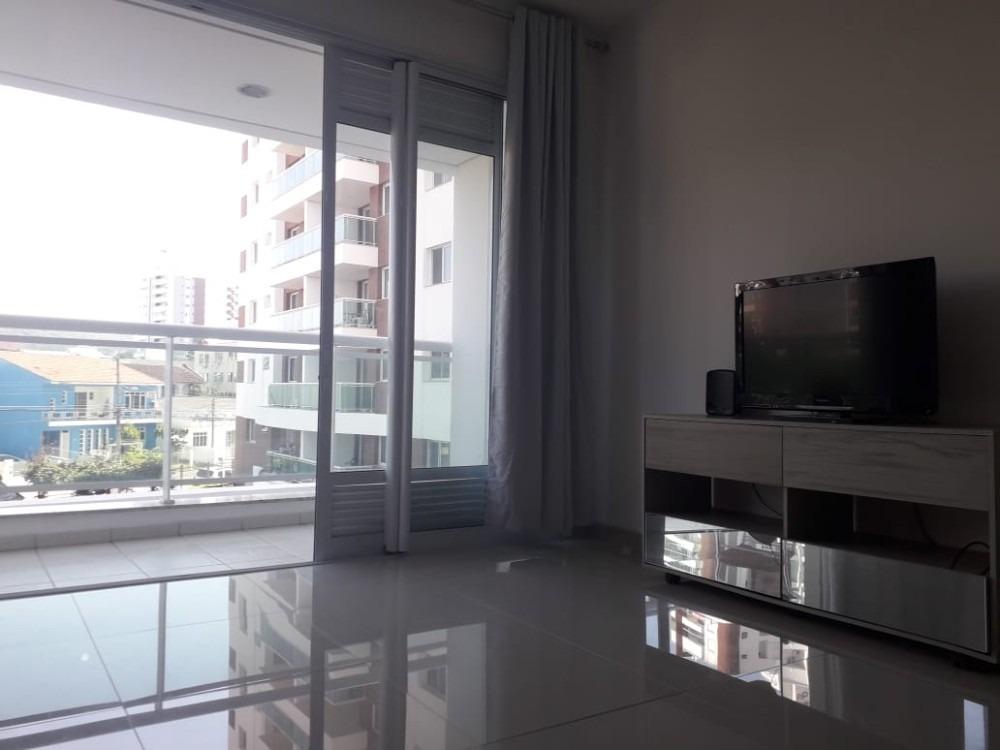 apartamento com 52m²  01 em barreiros sc