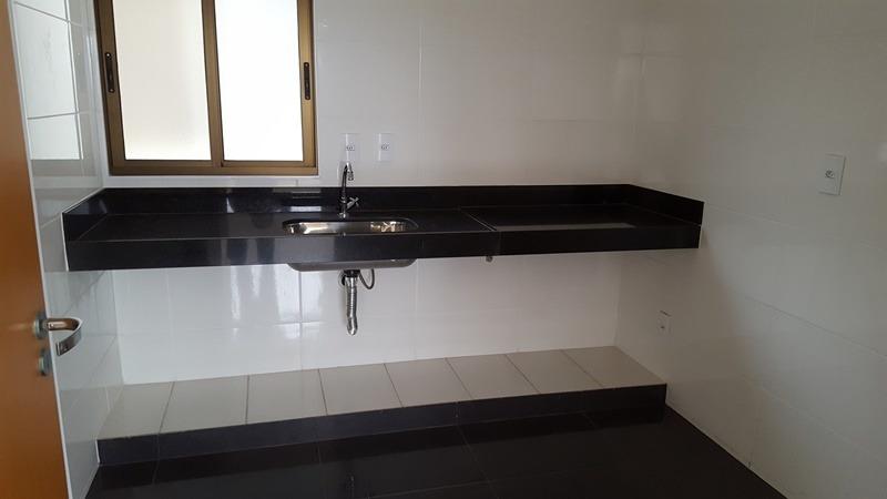 apartamento com área privativa com 3 quartos para comprar no sagrada família em belo horizonte/mg - mun2260