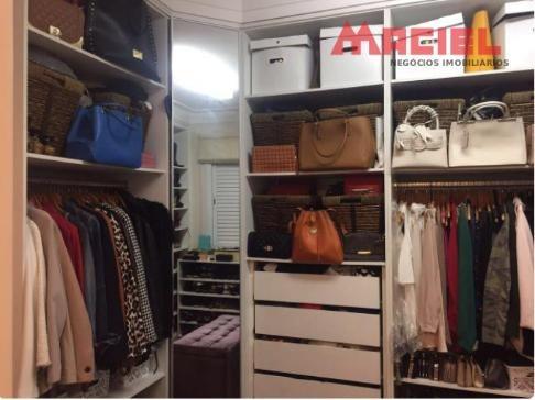 apartamento com closet