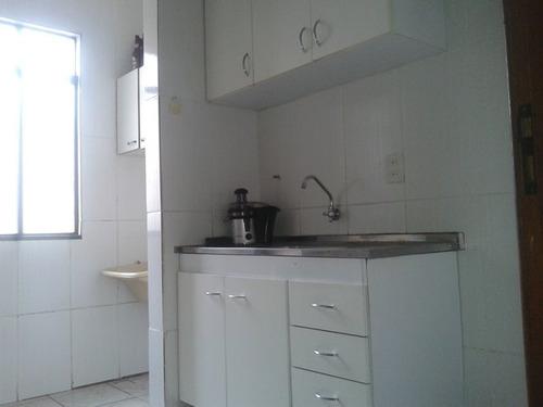apartamento com direito terraço  desocupado prédio individual - 876