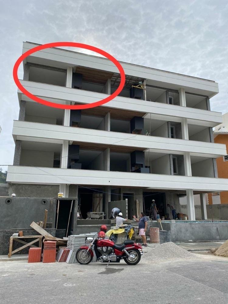 apartamento com dois quartos a 280m da praia de palmas/sc!