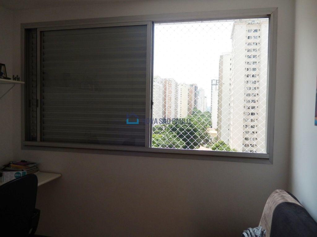 apartamento com móveis planejados próximo ao metrô campo belo. - bi26305