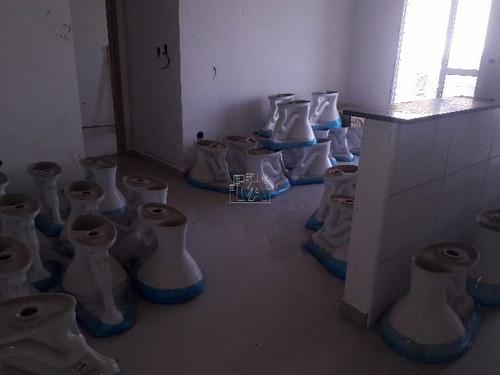 apartamento com porcelanato e sacada gourmet próximo ao mar agende já sua visita