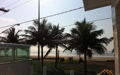 apartamento com vista para o mar em solemar na praia grande