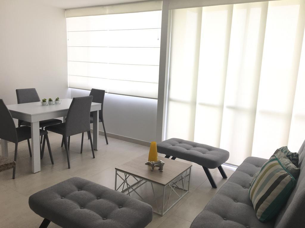 apartamento completamente amoblado con vista al mar