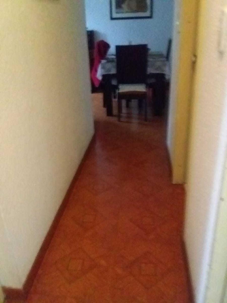 apartamento con 3 cuartos, 2 baños