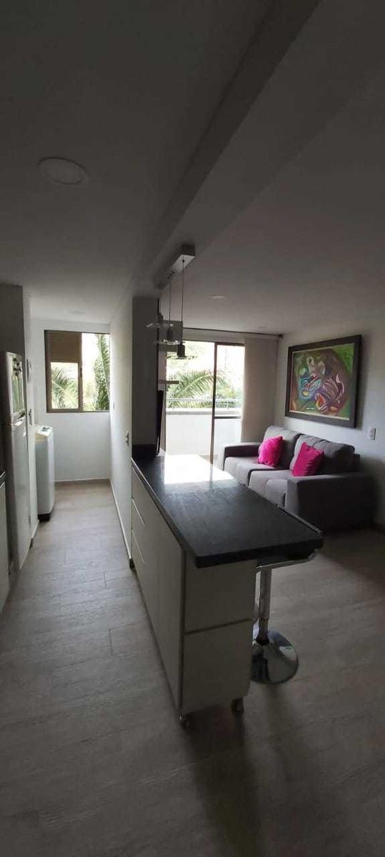 apartamento con acabados de lujo a 2 cuadras del metro
