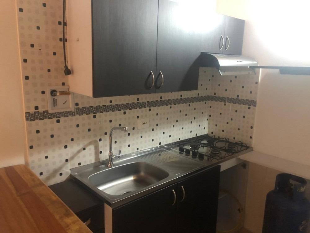 apartamento con aire acondicionado y excelentes acabados