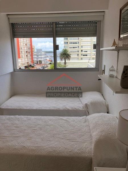 apartamento  con balcón en península -ref:5006