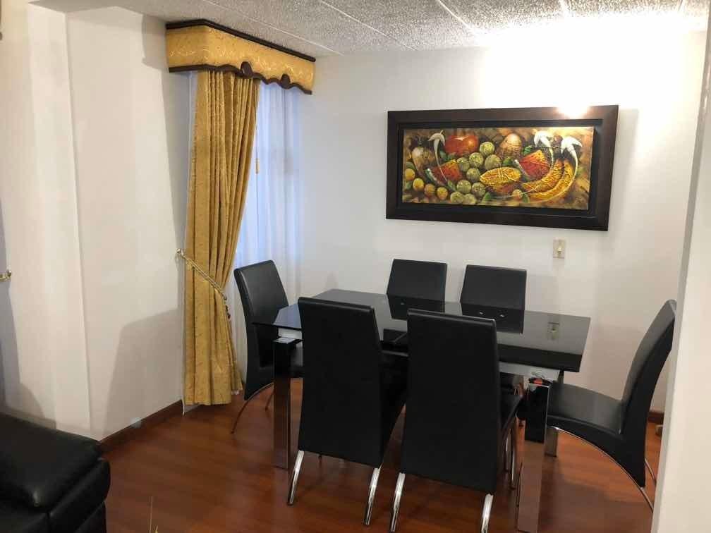 apartamento con dos alcobas, sala, comedor, estudio, un baño