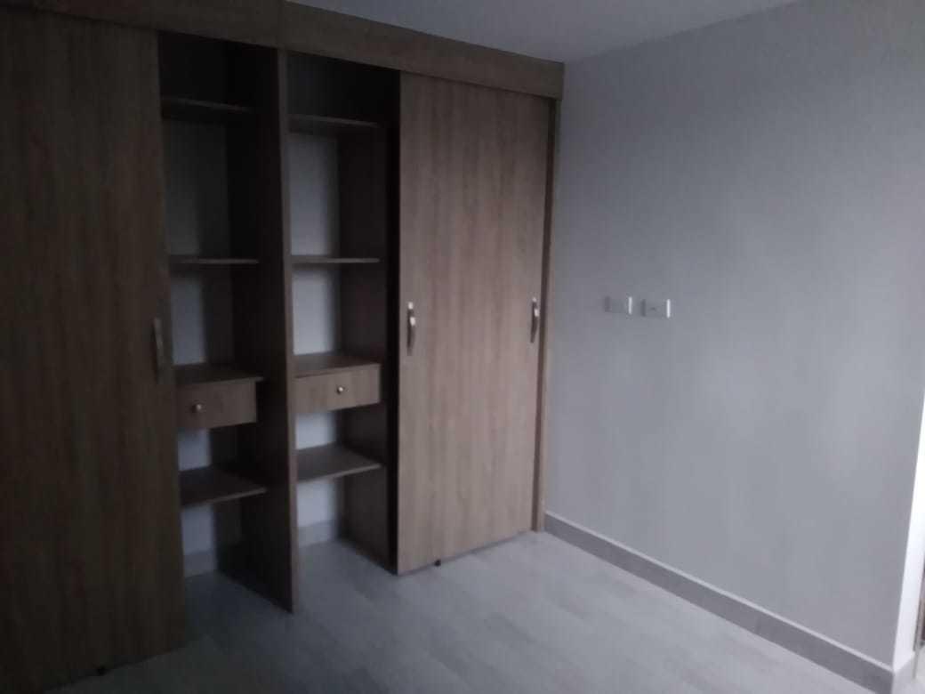apartamento con parqueadero y util