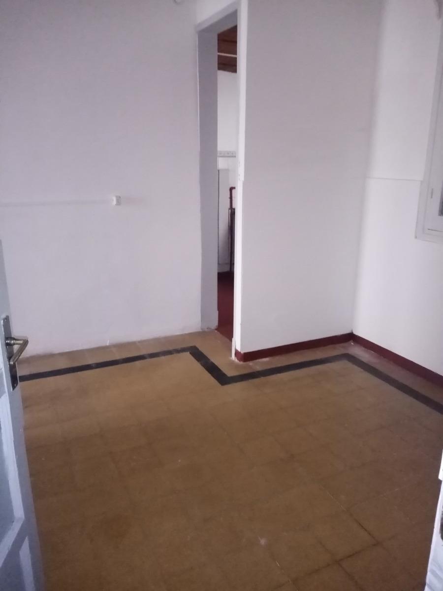 apartamento con patio en tres cruces