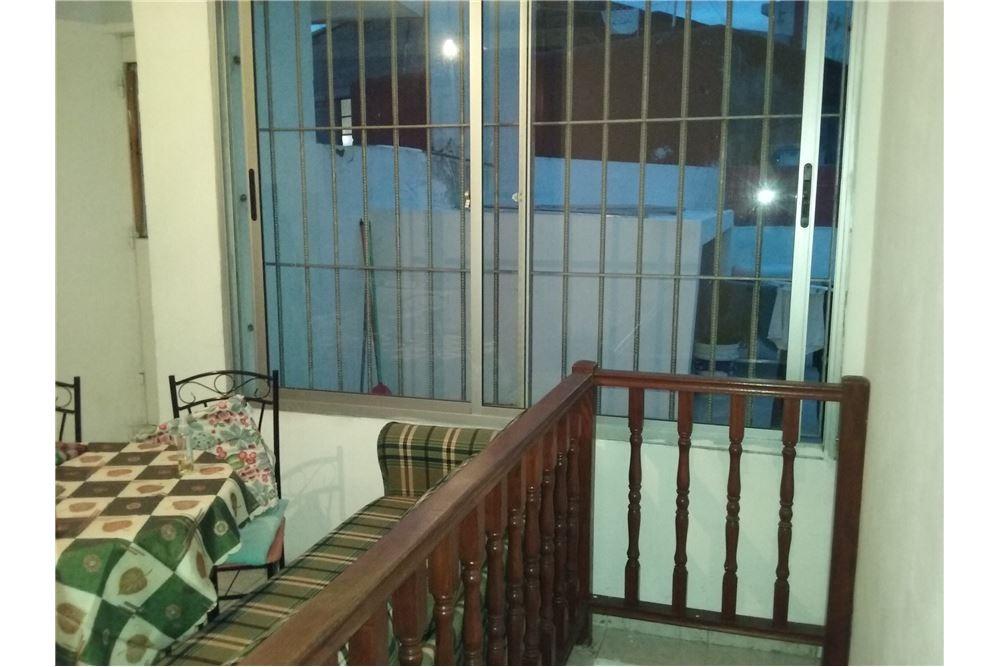 apartamento con renta 3 cruces 3d 2b y parrillero
