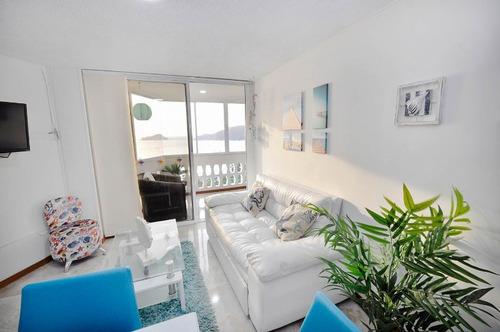 apartamento  con vista al mar en el malecon del rodadero