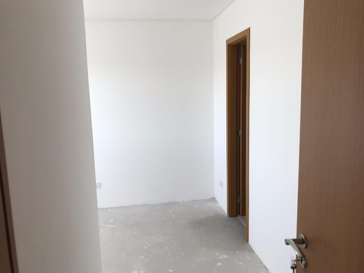 apartamento contendo 2 quartos/1 suíte no cristo rei!!