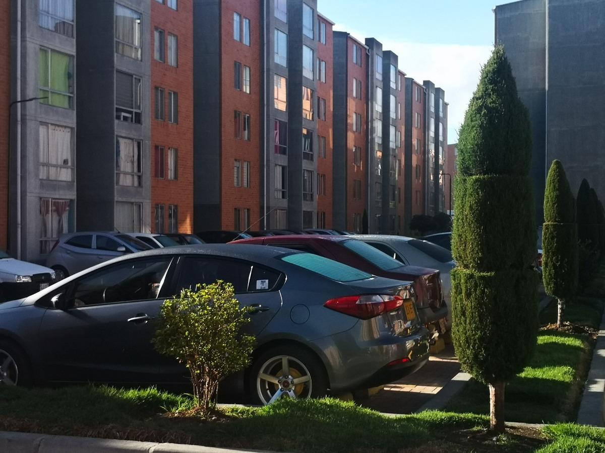 apartamento cuidad verde conjunto almendro